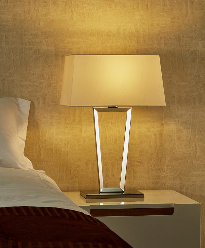 Pull Round Table Lamp with Shade