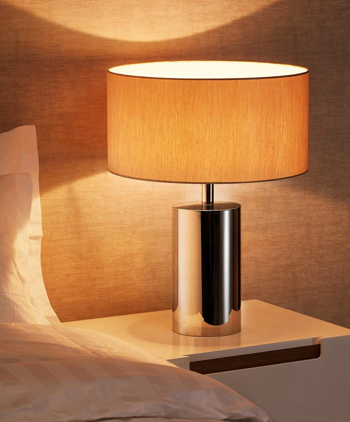 Solid  Round Small Table Lamp with Shade