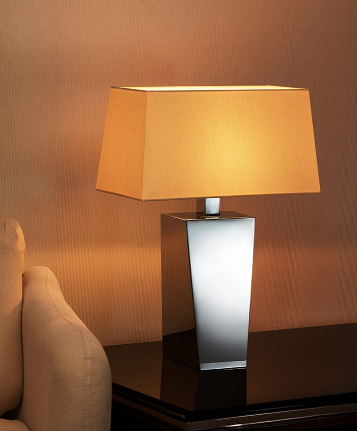 Solid  Symmetry Small Table Lamp with Shade