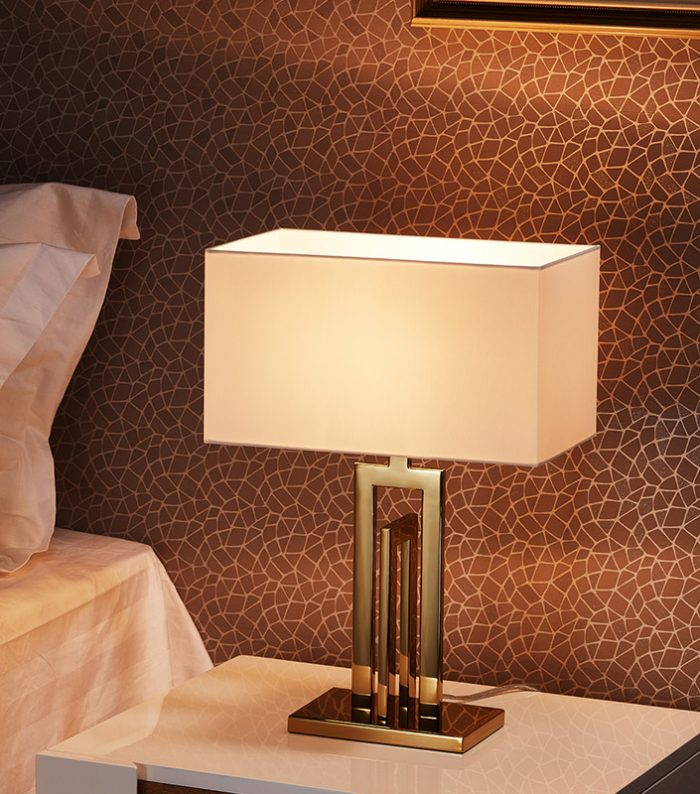 Span Small Table Lamp with Shade